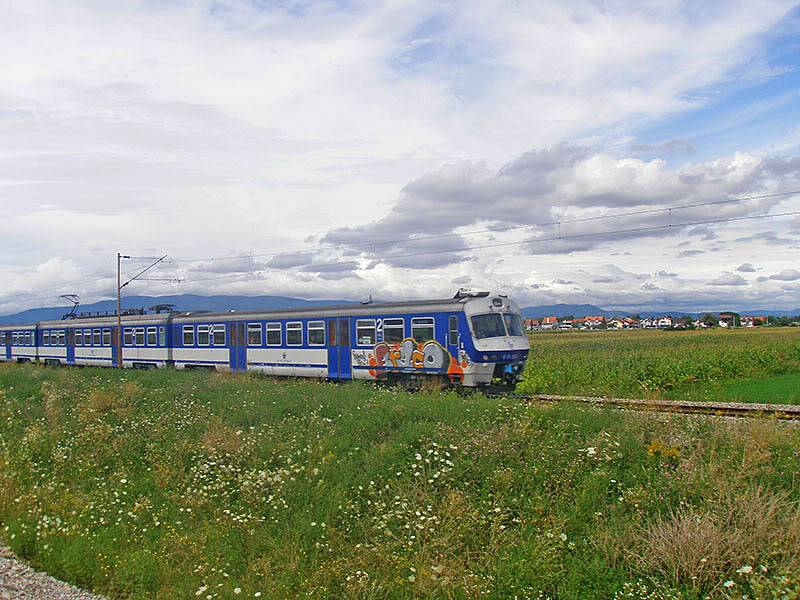 Slike na otvorenoj pruzi P8040028res