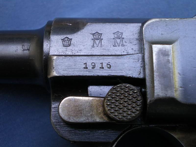 Le luger de la marine impériale daté 1916navystamps
