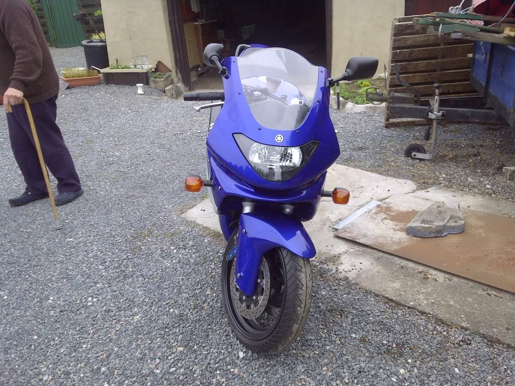 Yamaha YZF600 Thundercat in blue (real showroom condition) IMG-20120610-02905