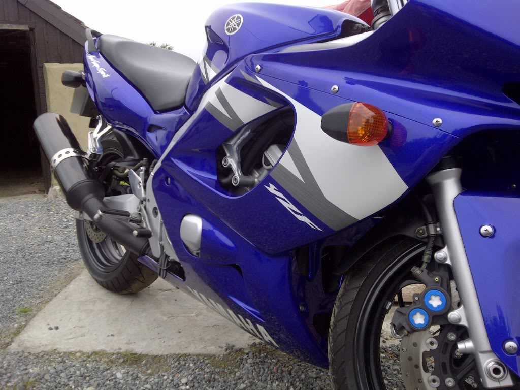 Yamaha YZF600 Thundercat in blue (real showroom condition) IMG-20120610-02916
