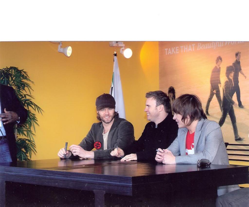 signing à Madrid, Espagne 30/03/07 04ah9