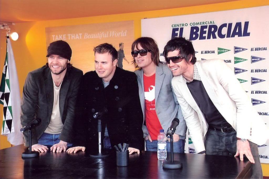 signing à Madrid, Espagne 30/03/07 33ka3