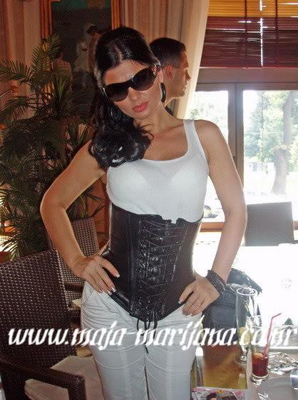 Maja- razne fotkice - Page 2 N1272048969_57881_1391