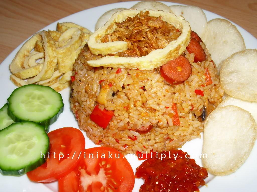 [BAHAYA] Makan Nasi Goreng+Ketimun NasiGoreng