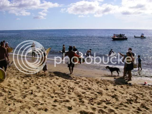*Fotos del paddle out en Tres Palmas* IMGP2878