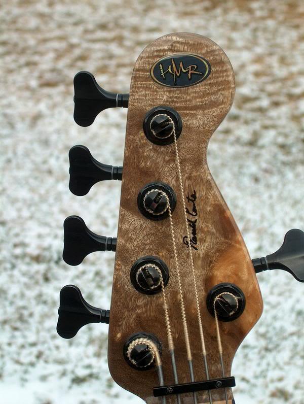 Fotos de Jazz Bass e Precision Customizados L_9eef2d922497d2719a553ea43328517a