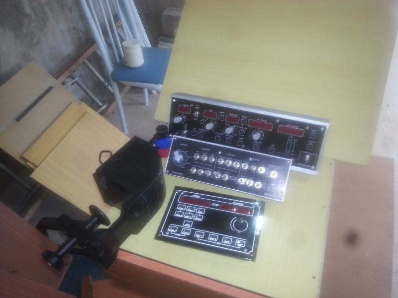 Meu Home-Cockpit (pedestal genérico) 20140928_133251
