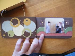 26 juin: mini album dans sa pochette 2009729