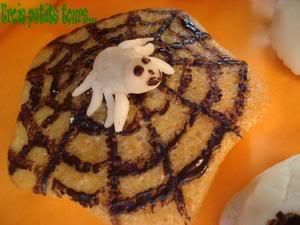 araignée - Page 6 GateauyaourtSamain2007araignee