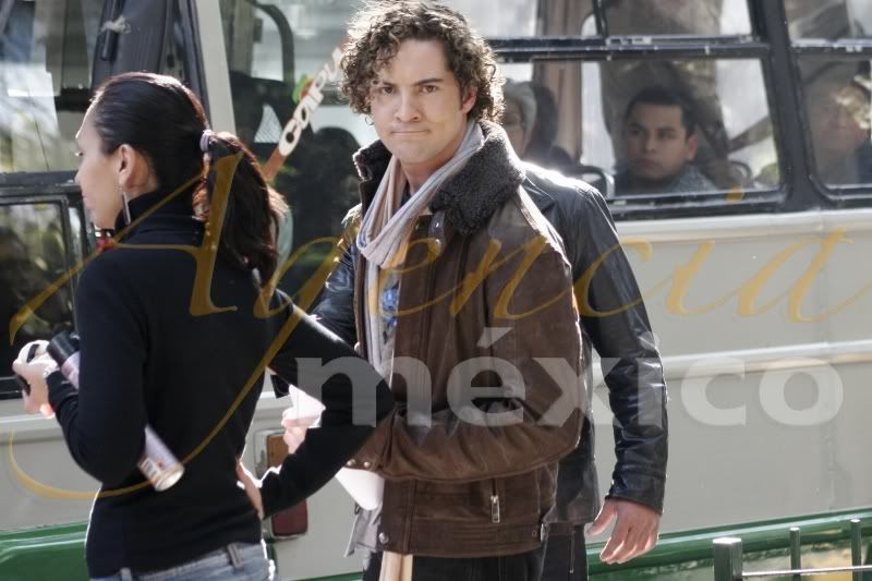POZE CU DAVID BISBAL/ PHOTOS WITH DAVID BISBAL - Pagina 14 32089440yc7