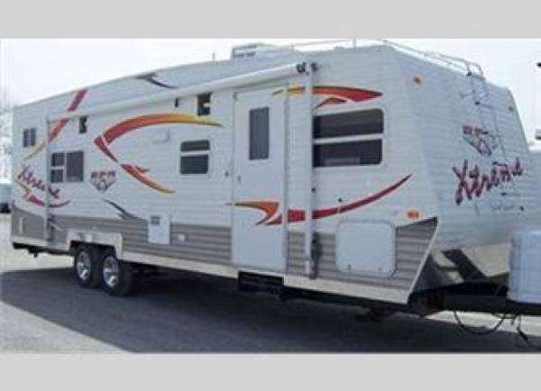 32' Adventure RPM Toy Hauler SOLD!! 00y0y_aWf1Mzqp0bT_600x450_zpssxezyqxi