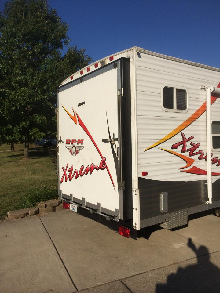 32' Adventure RPM Toy Hauler SOLD!! 1378180_10203694089166341_834222176621543485_n_zps97656fa9