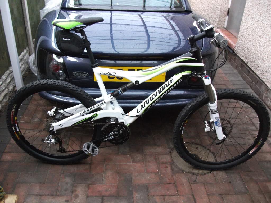 mountin biking  DSCF0077