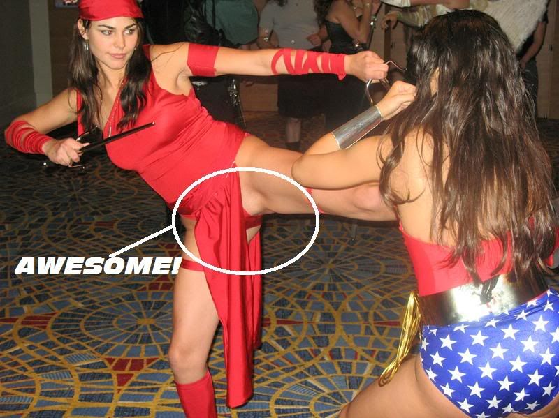 Women In Costume - Page 3 Awesome