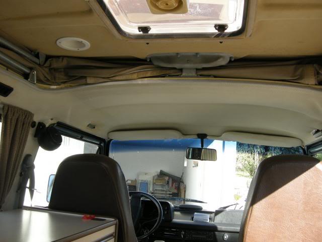 VW CARAVELLE WESTFALIA  COACH DSCN2281_zps9eaa6286