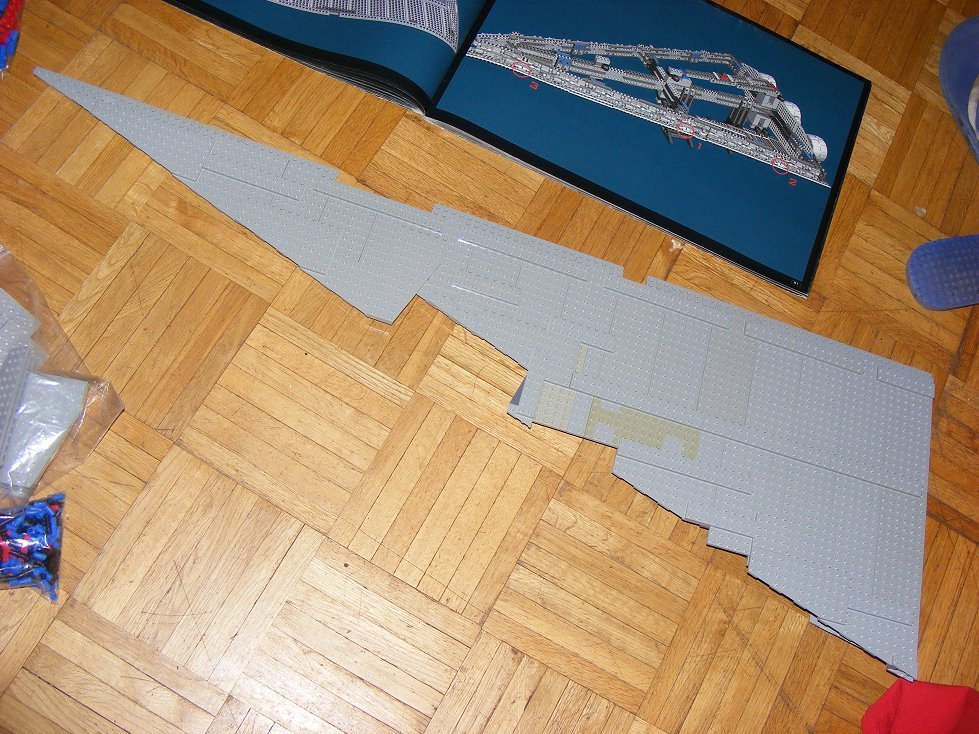 Lego UCS 10030 Star Wars Imperial Star Destroyer 10030-08_zpslu3d6zgv
