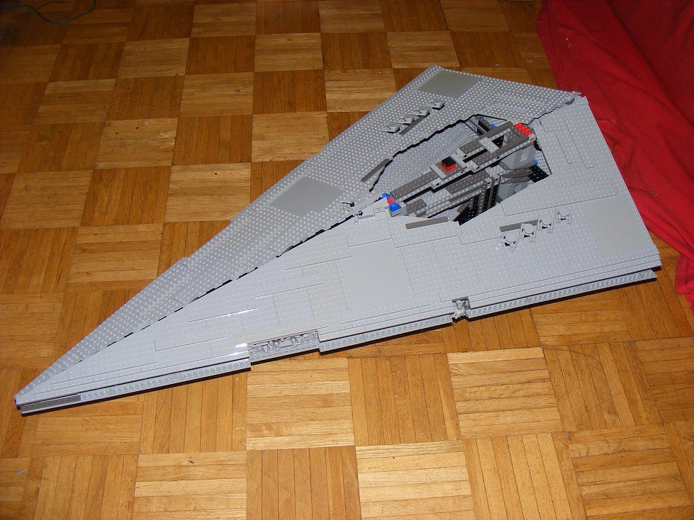 Lego UCS 10030 Star Wars Imperial Star Destroyer 10030-11_zpsybwh3zw3