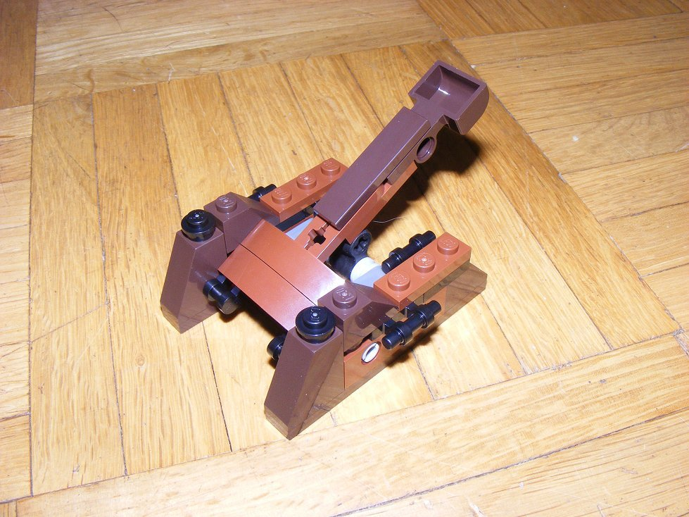 Lego Star Wars 10236 Village des Ewoks 10236-07_zpszksds6wv