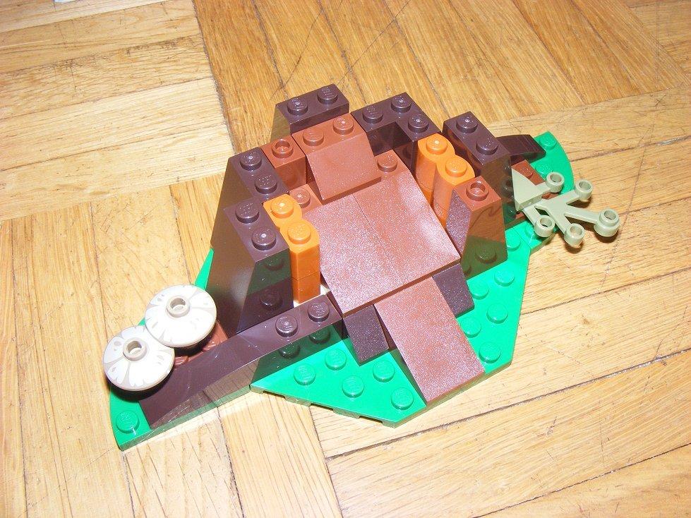 Lego Star Wars 10236 Village des Ewoks 10236-11_zps2d7cnhni