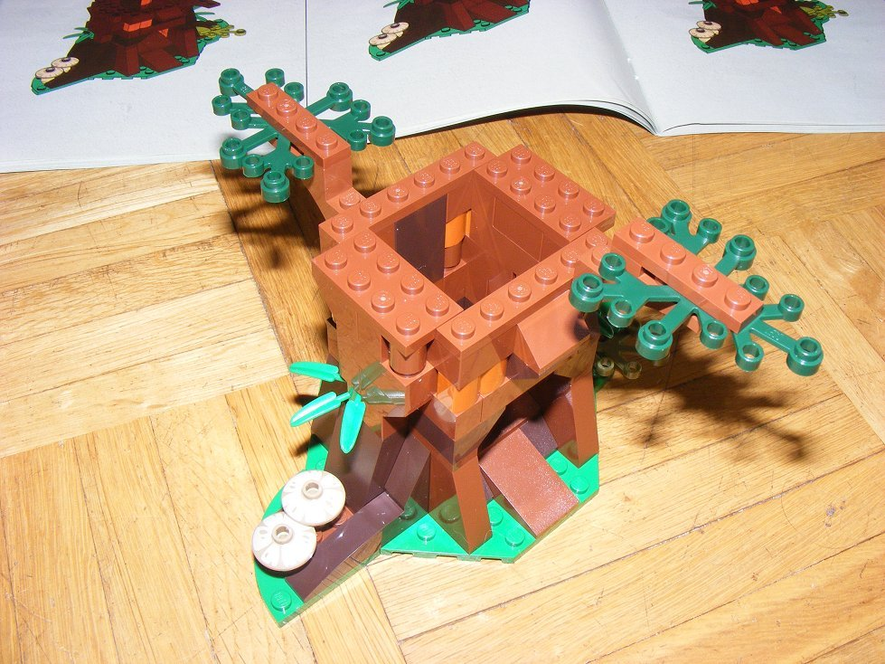 Lego Star Wars 10236 Village des Ewoks 10236-13_zpso8d9btj6