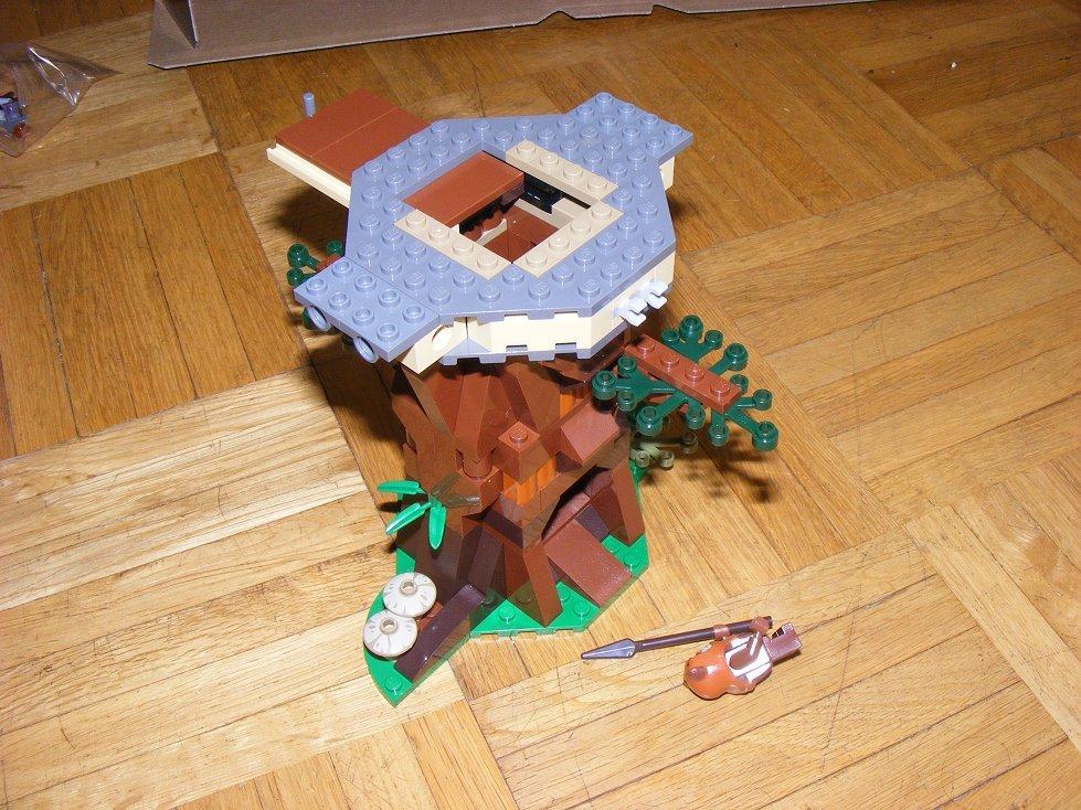 Lego Star Wars 10236 Village des Ewoks 10236-17_zpsvpupj1wm