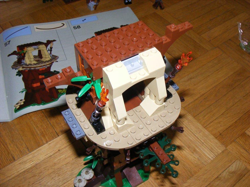 Lego Star Wars 10236 Village des Ewoks 10236-21_zps4xsjldd4