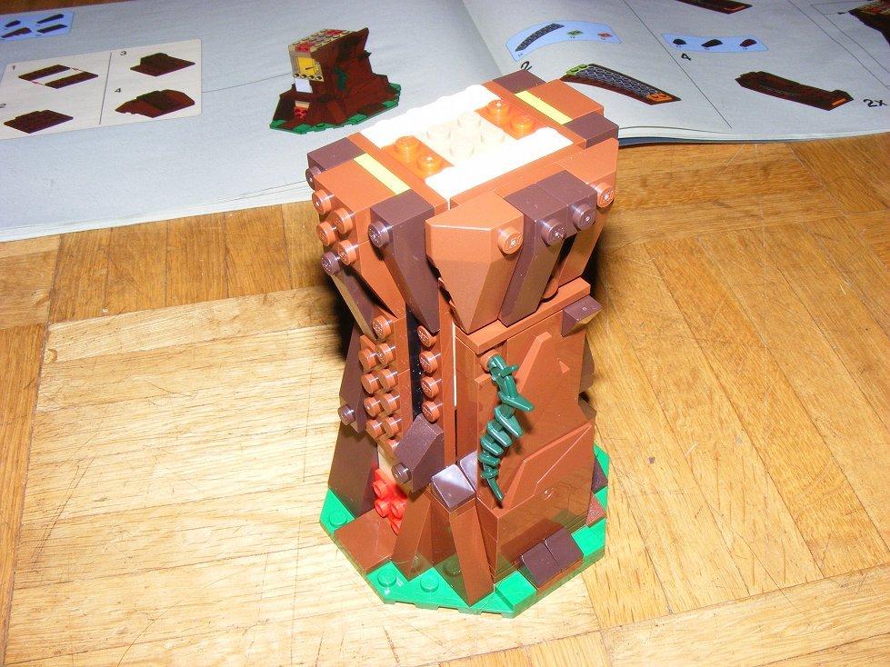Lego Star Wars 10236 Village des Ewoks 10236-33_zpsem77vwt0