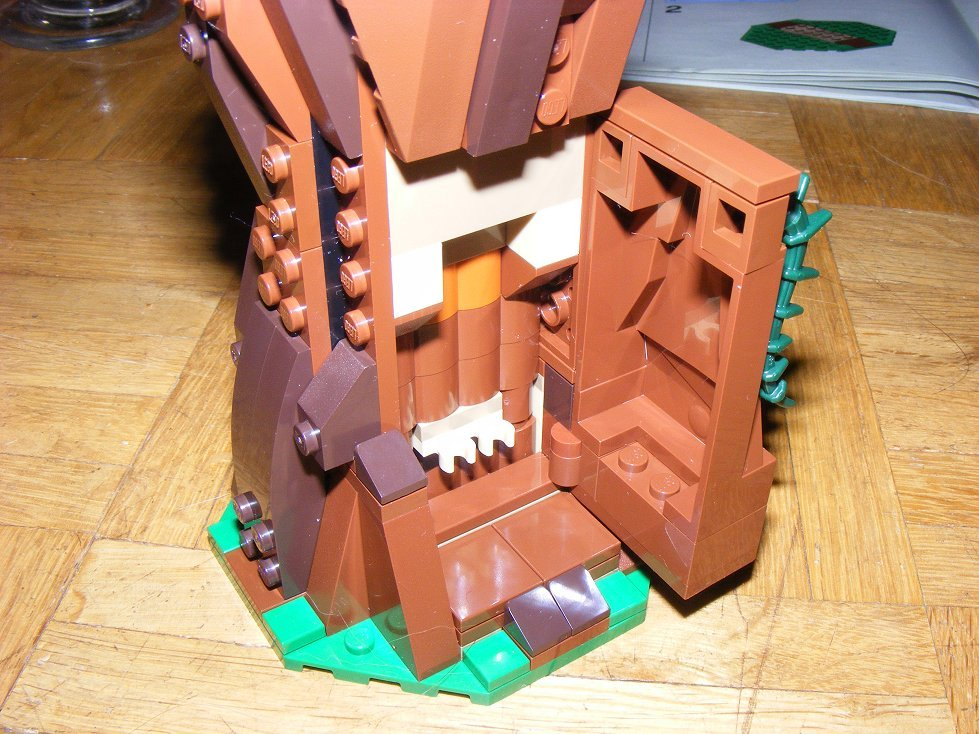 Lego Star Wars 10236 Village des Ewoks 10236-37_zpspxu48jis