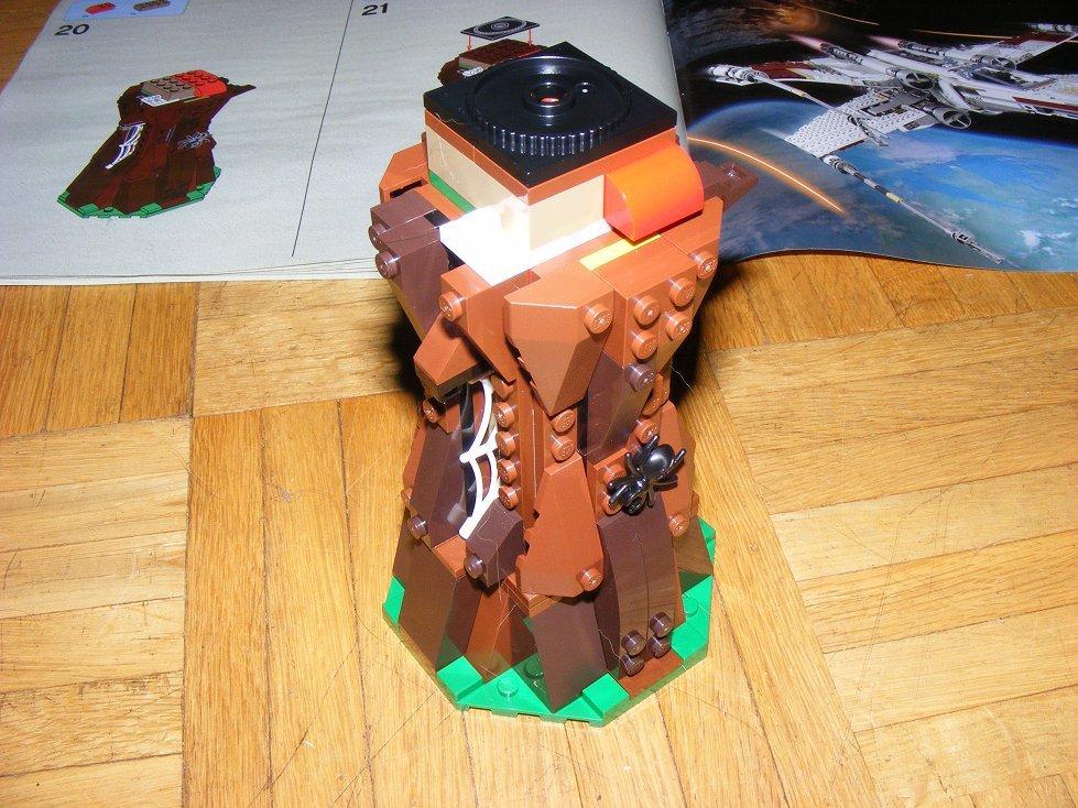 Lego Star Wars 10236 Village des Ewoks 10236-48_zpsozks8zpr