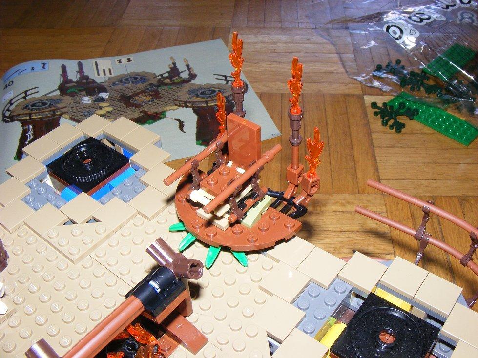 Lego Star Wars 10236 Village des Ewoks 10236-79_zpsowlnjibh