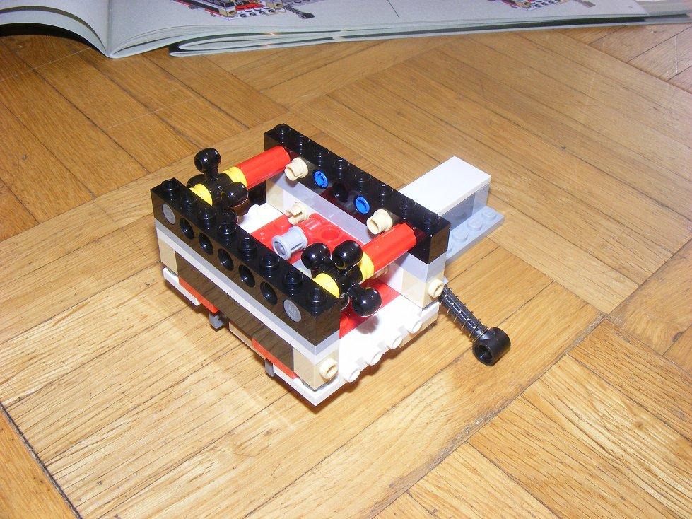 LEGO Star Wars UCS 10240 X Wing réédition !!!! 10240-06_zpsa5cecc41
