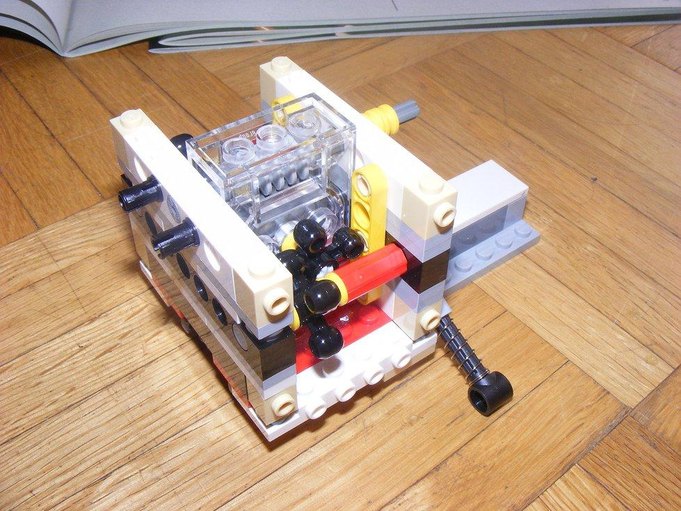 LEGO Star Wars UCS 10240 X Wing réédition !!!! 10240-07_zpsf75712fa