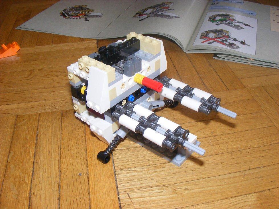 LEGO Star Wars UCS 10240 X Wing réédition !!!! 10240-09_zps254e63f3