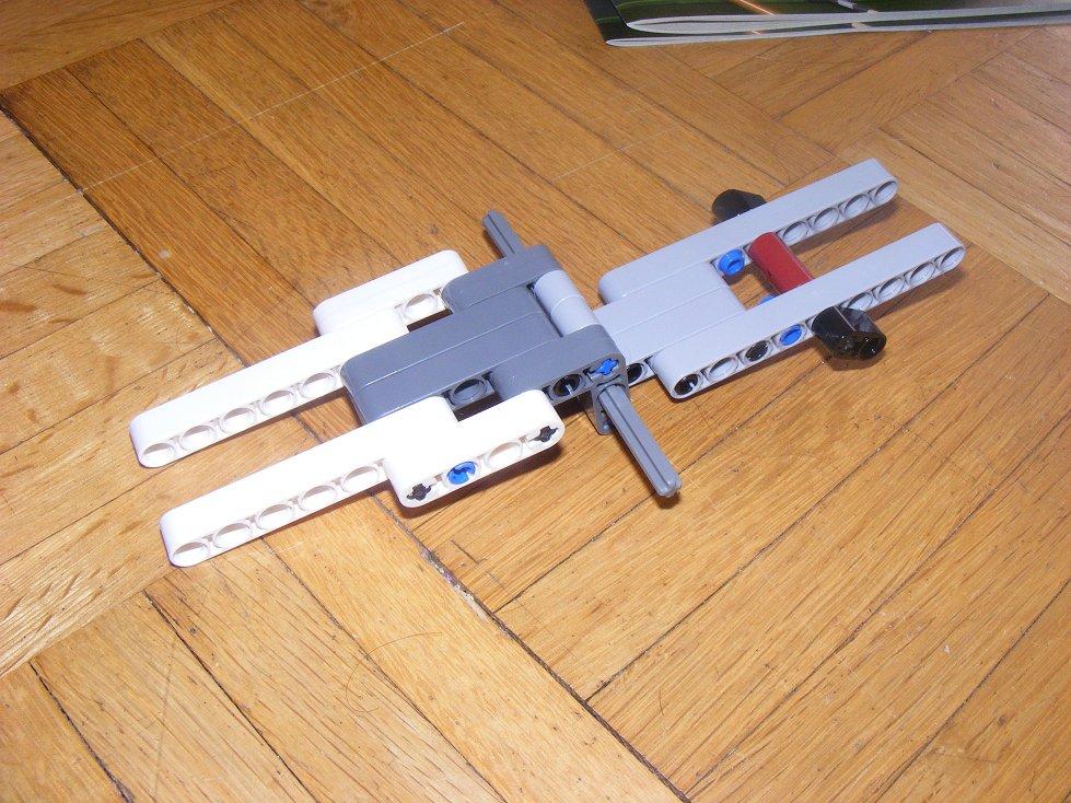 LEGO Star Wars UCS 10240 X Wing réédition !!!! 10240-11_zps6c0b2cb3