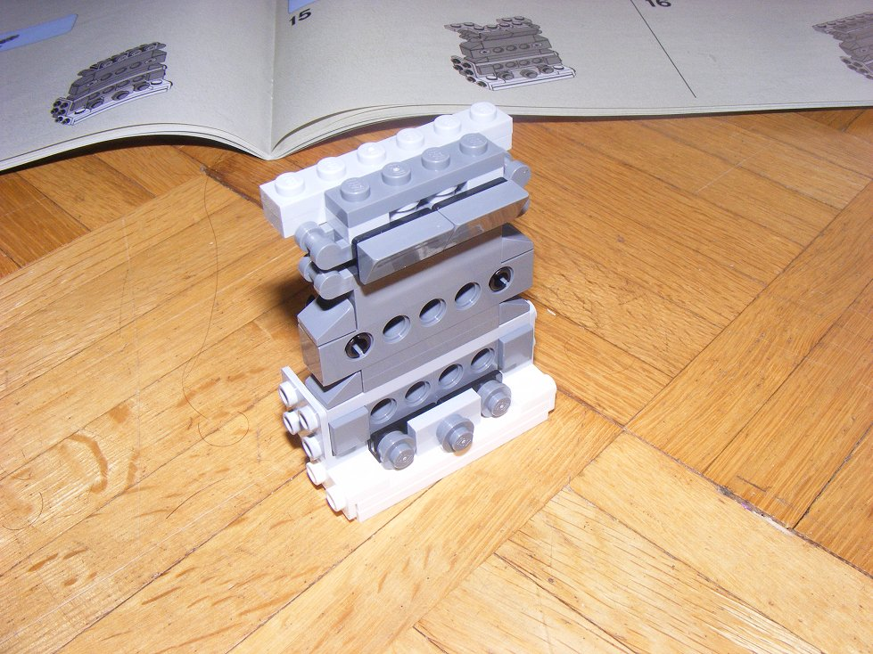 LEGO Star Wars UCS 10240 X Wing réédition !!!! 10240-21_zps7ce77dda