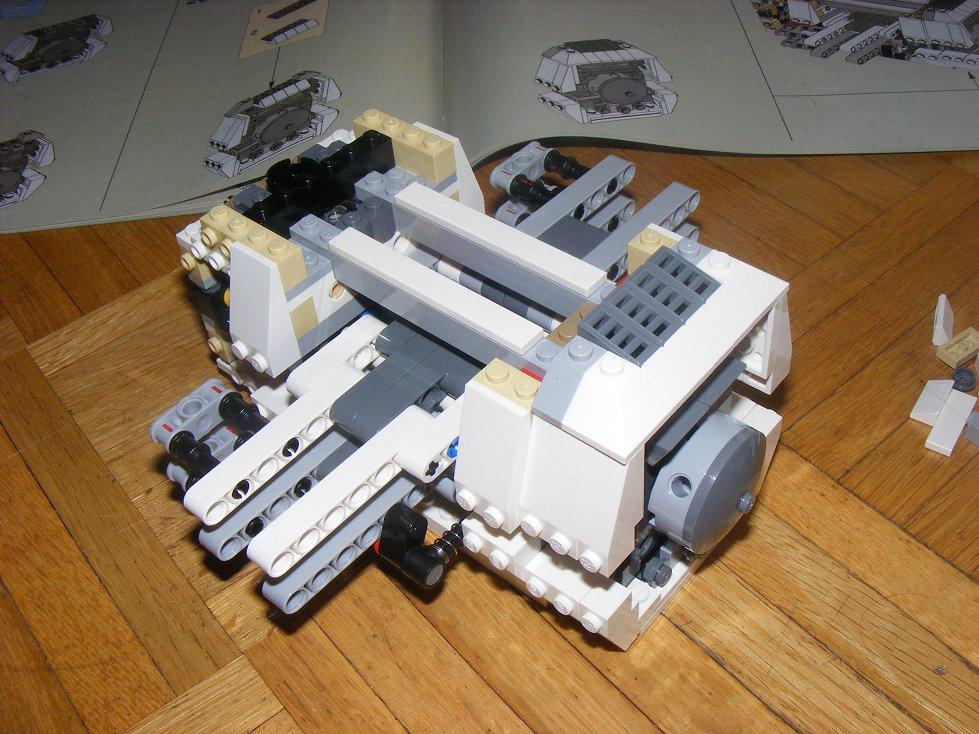 LEGO Star Wars UCS 10240 X Wing réédition !!!! 10240-24_zps33881f49
