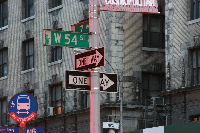 CRÓNICA NEW YORK NEW YORK Seales