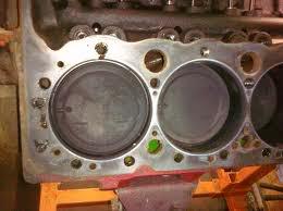 HISTORIQUE  du Small Block Chevrolet, la base moteur V8 la plus construite au monde 400mages