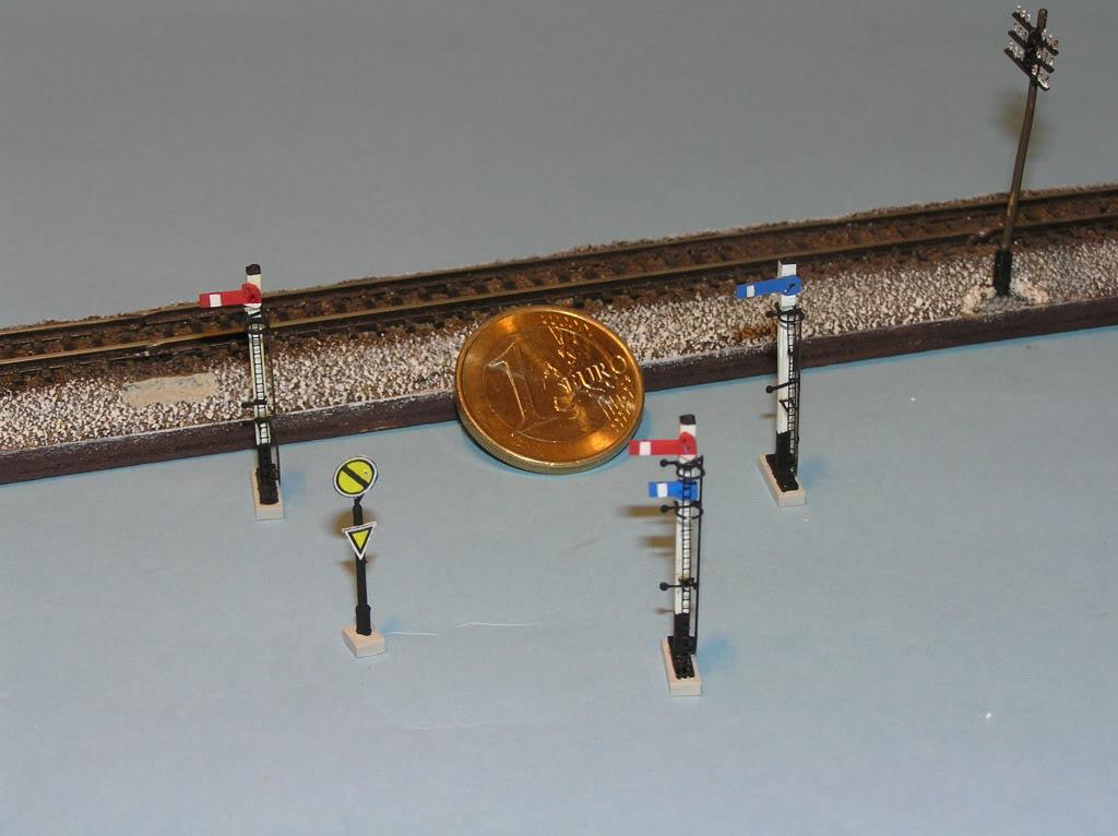 Otras novedades RENFE P8080004