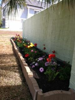 Flowers beds and potting soil Victoriagarden_zps4f0249bd