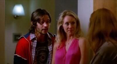 1x01 Pilot : You know you love me - Página 8 Normal_HEA009