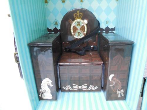 Angelic Pretty Chess Chocolate Mint doll case from Groove USA review AngelicPrettycase11