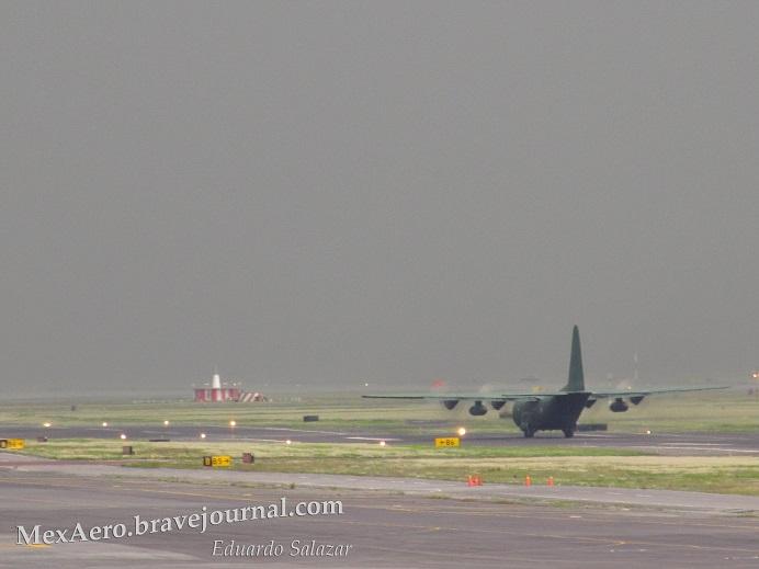 C 130 Hércules Fuerza Aerea Mexicana. - Página 12 IMG_0276_zps85aecc2b