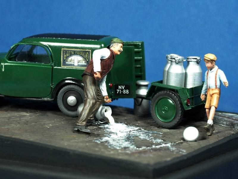 Topolino Van in a small vignette P5029440