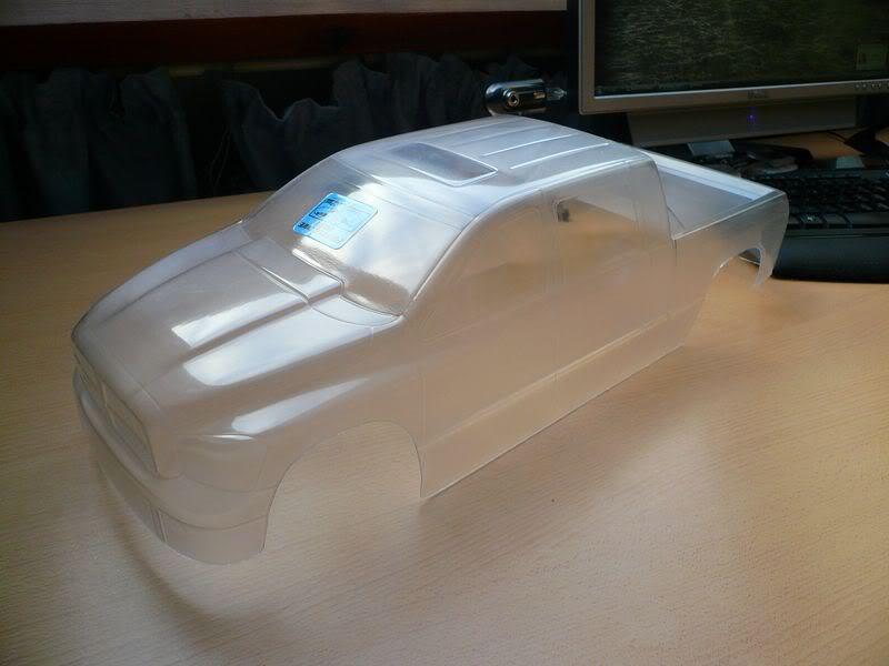 Comment peindre une carrosserie lexan simplement ? P1050742800x600