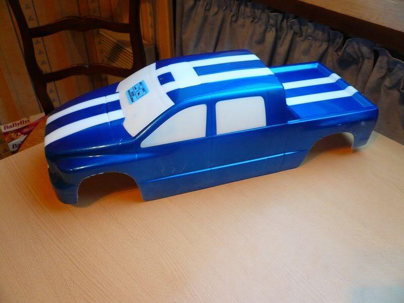 Comment peindre une carrosserie lexan simplement ? P1050794800x600