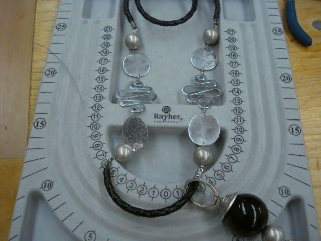 A minha 1° experiência em bijutaria DSC05735
