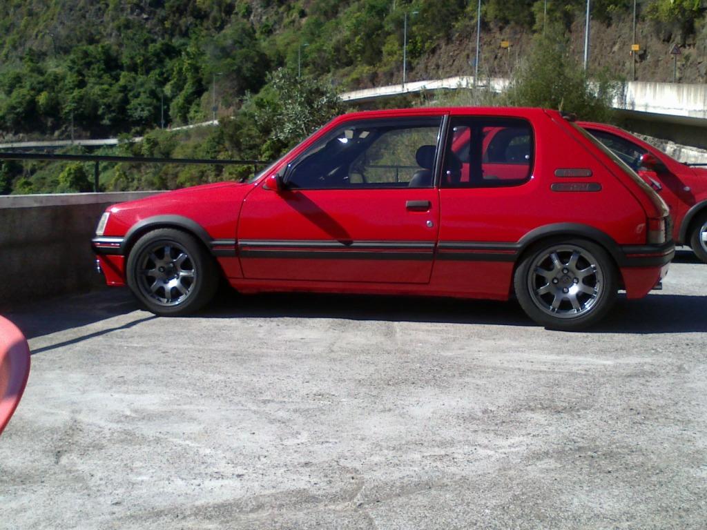 [RubenF] 205 GTI 1.6 Rouge Vallelunga 1990 09082012211