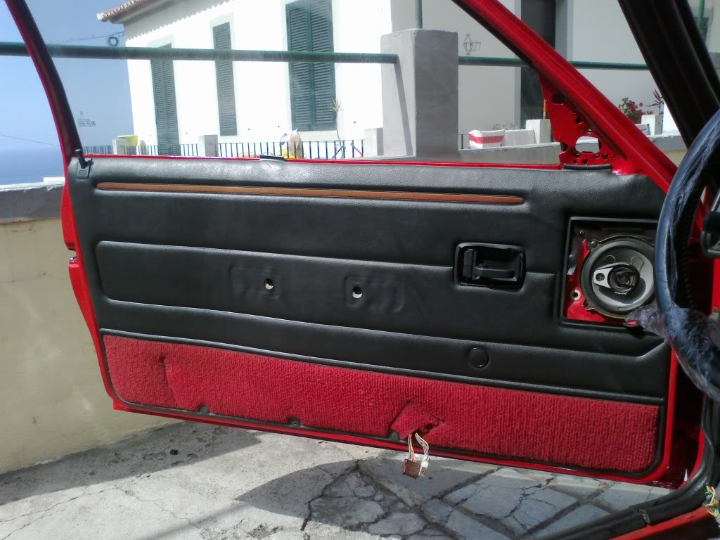 [RubenF] 205 GTI 1.6 Rouge Vallelunga 1990 09092011211