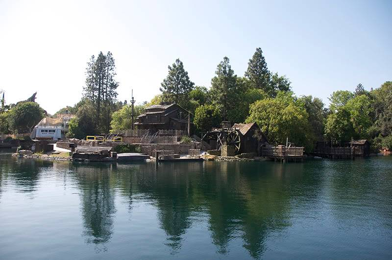 [Disneyland Park] Rivers of America en travaux 107-2